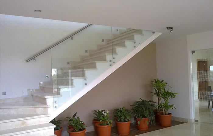 Nueva Krystalum Lomeli Vidrio y Aluminio Arquitectnico