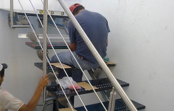 escaleras de cristal escaleras